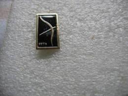 Pin's FFTA (Fédération Francaise De Tir à L'Arc) - Boogschieten