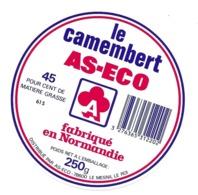 ETIQUETTE De FROMAGE. CAMEMBERT Fabriqué En NORMANDIE..AS-ECO - Kaas