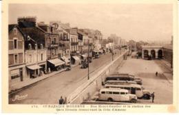 POSTAL  ST. NAZAIRE MODERNE  -FRANCE  -RUE HENRI GAUTIER ET LA STATION DES CARS DROUIN - Saint Nazaire