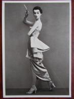 PHOTOGRAPHE - Richard AVEDON - Dovima (Aout 1950) - Illustratori & Fotografie