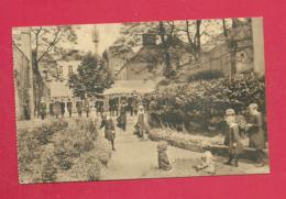 C.P. Tournai  = Rue Des Campeaux: Institution Des Dames De La Sainte Union Des Sacrés Coeurs : Cour Des Classes Moyennes - Tournai
