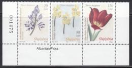 2013 Albania Albanie Flowers Fleurs Complete  Strip Of 3 MNH - Albania