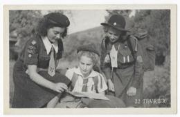 Scoutisme 22 Février Journée D' Amitié Internationale Fédération Française Des Eclaireuses Photo Karel - Scoutismo