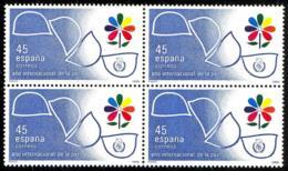 España. Spain. 1986. B4. Año Internacional De La Paz - 1931-Hoy: 2ª República - ... Juan Carlos I
