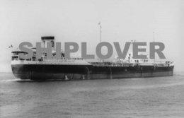 Photo Ancienne Pétrolier Français ISANDA - Bateau / Ship / Schiff - Bateaux