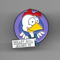 PINS  VOLLEY BALL SMASHY FFVB JEUNES 92 COQ / Signé S.P. / 33NAT - Voleibol