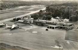 62* LE TOUQUET  Aerodrome  (CPSM Petit Format)            MA95,0078 - Le Touquet