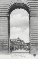 CPA - 51 - CHALONS SUR MARNE - Rue Carnot Porte De Ste Croix - CHAMPAGNE GRAND EST - Châlons-sur-Marne