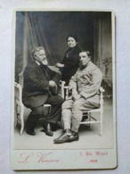Photographie Ancienne De Cabinet - Jeune Soldat Et Ses Parents - Photo L. Vinson , Aix-en-Provence - TBE - Guerra, Militares