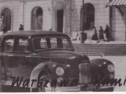 Pologne Polska Warszawa 1952 Kamienica Johna VOIR ZOOM Voiture Car Auto Marque ? DOS Timbre Vélo Coureurs - Poland