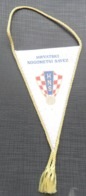 HNS HRVATSKI NOGOMETNI SAVEZ SOCCER / FUTBOL / CALCIO OLD PENNANT, SPORTS FLAG - Apparel, Souvenirs & Other