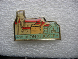 Pin's De L'institution Saint Joseph - Zonder Classificatie
