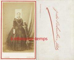 CDV Second Empire--vendée- Femme En Costume Traditionnel Et Coiffe Photographie Jules Robuchon Photo (Fontenay) - Photos