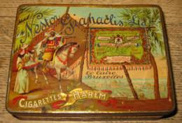 Antique Empty 100 Cigarette Tin - Boîte Ancienne Cigarettes NESTOR GIANACLIS HAREM / 7 Scans - Schnupftabakdosen (leer)