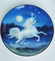 "Assiette Porcelaine Fine "" LICORNE - CHEVAL "" Diamond Unicorn - Royal Doulton - - Art Populaire"