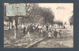 78  -   MARLY LE ROI   - LA  PLACE Du CHENIL -   ( BELLE ANIMATION )    Circulé En 1905 - Marly Le Roi