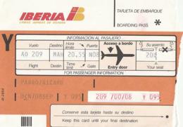 BOARDING PASS - IBERIA LINEAS AREAS DE ESPAÑA - 1990 -  BARCELONA MAHON - Tiquetes Aéreos