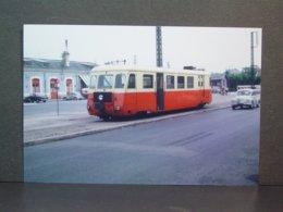Autorail Billard En Ville Année 50 Tirage De La Photo En 2007 - Eisenbahnen