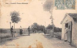 Thème:    Métier.  Douanier. Frontière Franco Allemande. Brin  Gendarmes Français Et Allemands          (Voir Scan) - Police - Gendarmerie