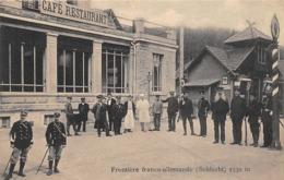 Thème:    Métier. Douanier. Frontière Franco Allemande.Col De La Schlucht  Gendarmes Français Et Allemands 2 (Voir Scan) - Police - Gendarmerie