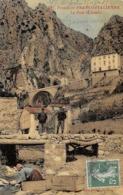 Thème:    Métier. Douanier. Frontière Franco Italienne  Ventimiglia  Pont St Louis   Gendarmes Et Douaniers  (Voir Scan) - Police - Gendarmerie
