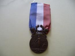 Ministère De L' Intérieur ( Modèle Bronze) - France