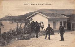 Thème:    Métier. Douanier. Frontière Franco Italienne  Posto  Di Guardia Gendarmes Et Douaniers  (Voir Scan) - Police - Gendarmerie