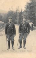Thème:    Métier. Douanier. Frontière   Gendarmes Français   (Voir Scan) - Police - Gendarmerie