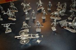 Manufacture Historique De Soldat De Plomb - MHSP - Armée Napoléonienne Années 1970 - Small Figures