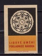 Tschechisches Zuendholzschachteletikett, Volkskunst Deckchen (80305) - Zündholzschachteletiketten
