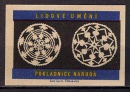 Tschechisches Zuendholzschachteletikett, Volkskunst Deckchen (80308) - Zündholzschachteletiketten