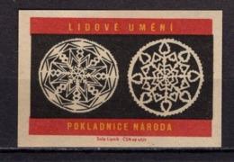 Tschechisches Zuendholzschachteletikett, Volkskunst Deckchen (80310) - Zündholzschachteletiketten