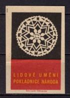 Tschechisches Zuendholzschachteletikett, Volkskunst Deckchen (80311) - Zündholzschachteletiketten