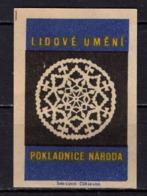 Tschechisches Zuendholzschachteletikett, Volkskunst Deckchen (80312) - Zündholzschachteletiketten