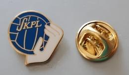 FINLAND Handball Federation Pin Badge - Balonmano