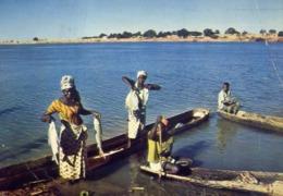 Afrique En Couleurs - Retour De Peche - Formato Grande Viaggiata – E 13 - Cartoline