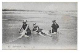 14 – TROUVILLE : Baigneuses N° 352 - Trouville