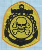 UKRAINE / Patch Abzeichen Parche Ecusson / Pirate. Anchor. Fleet. Skull. - Ecussons Tissu