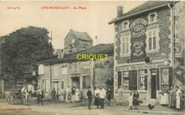 52 Chamouilley, La Place, Belle Animation Devant Le Tabac, Attelage...., 1917 - France