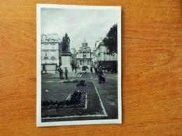 VERSAILLES WW2 GUERRE 39 45 SOLDATS ALLEMANDS DEVANT LA STATUE DU GENERAL HOCHE - Versailles