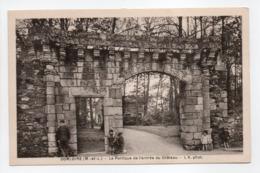 - CPA SOMLOIRE (49) - Le Portique De L'entrée Du Château (avec Personnages) - Photo L. V. - - Frankreich