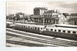 78 CPSM Conflans Sainte Honorine La Gare Et Les Quais Animée Trains - Conflans Saint Honorine