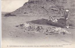 Cpa-milit-ensevelissement Des Cadavres Marocains De Beni Ouzien Et Bou Denib - War 1914-18
