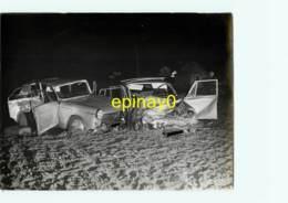 77 - LORREZ LE BOCAGE - Accident En 1968 Lieu Dit La Béarnaise - Automobile  - PHOTO - PHOTOTEQUE GENDARMERIE - Cars