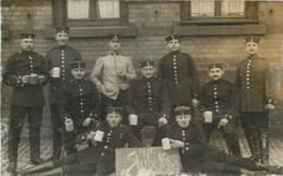 CARTE PHOTO ALLEMANDE GUERRE 1914-18 SOLDATS ALLEMANDS ECRITE DE DARMSTADT - Guerre 1914-18