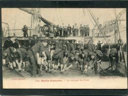 CPA - Marine Française - Le Lavage Du Pont, Très Animé - Guerra