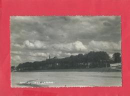 CPSM Petit Format - Saint Dyé Sur Loire -  La Place - France