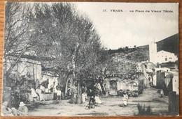 Algérie, CPA Voyagée - 17. - TENES. - La Place Du Vieux Tènés. - (B1243) - Algeria