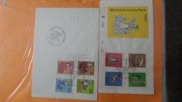 Gros Classeur D'environ 339 Enveloppes 1er Jour D'ALLEMAGNE Et Autres Entre 1969 Et 1970. A Saisir !!! - Stamps