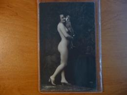 CPA - Femme Nue Tenant Une Poupée /Nude Lady - érotique - Photographie J. Mandel - 254 - Nus Adultes (< 1960)